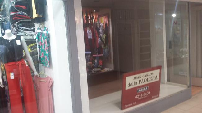 Foto Local en Alquiler en  Adrogue,  Almirante Brown  ESTEBAN ADROGUÉ 1180, esquina PELLERANO