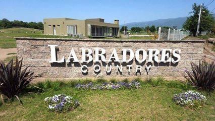 Foto Terreno en Venta en  Capital ,  Tucumán  Country el Labrador