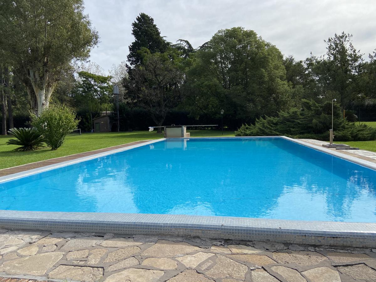 Foto Quinta en Alquiler en  Exaltacion De La Cruz ,  G.B.A. Zona Norte  Casa quinta de 1 hectarea en El Remanso. Capilla del Señor.