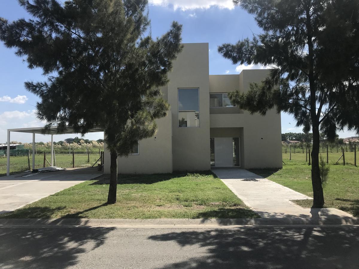 Foto Casa en Venta en  Lagos Del Norte,  Countries/B.Cerrado (Tigre)  Sargento Cabral 2424, Don Torcuato, Barrio Cerrado Lagos del Norte Lote 159
