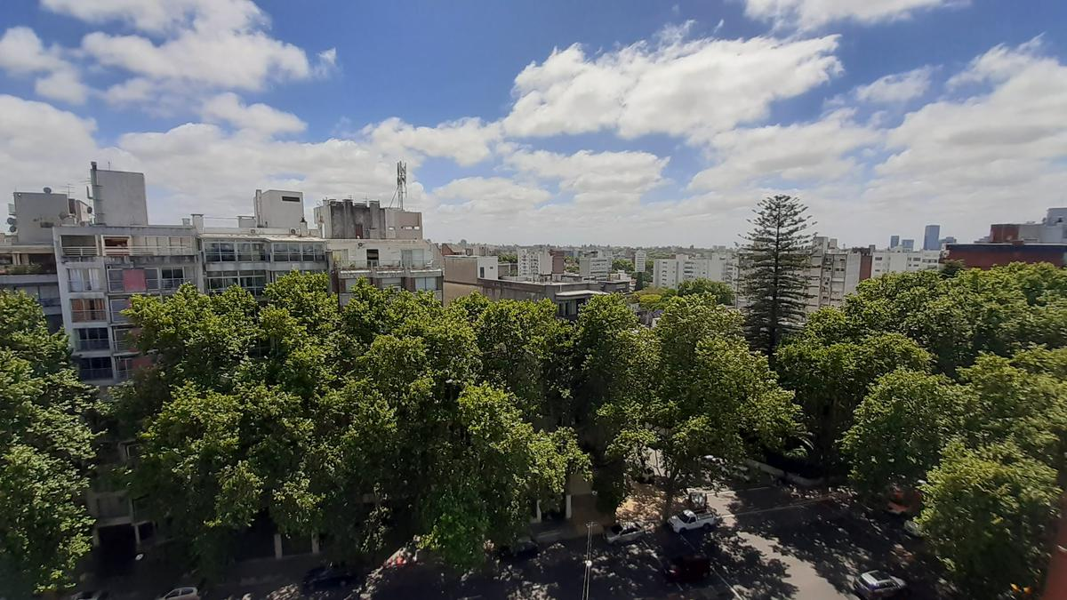 Foto Apartamento en Venta en  Pocitos ,  Montevideo  Cavia y Av. Brasil