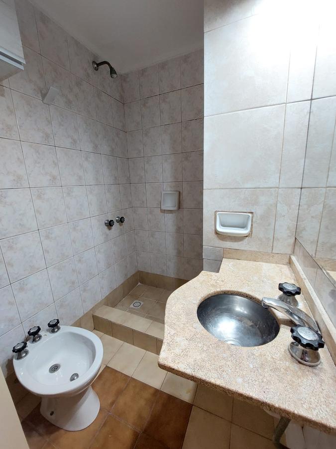 Foto Departamento en Alquiler en  Pichincha,  Rosario  Alvear 323  02-02