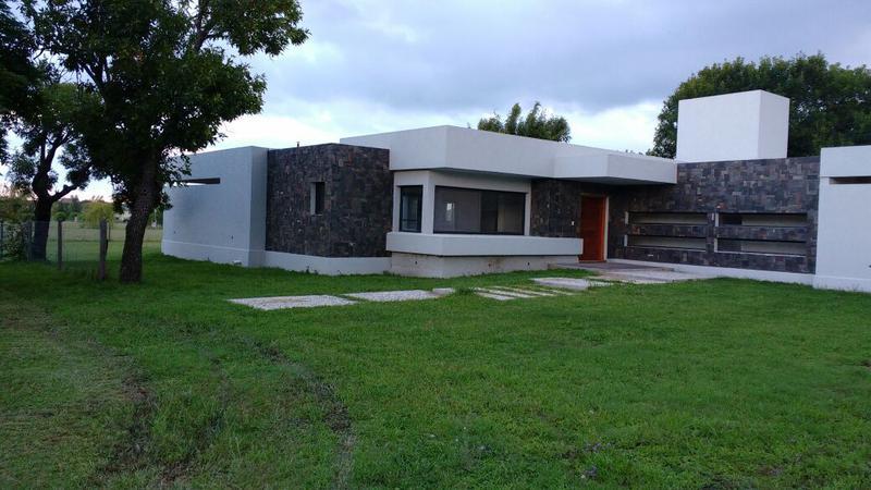 Foto Casa en Venta |  en  Cordoba Capital ,  Cordoba  Ruta Nº 5 Km 18 18