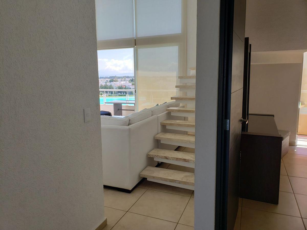 Foto Departamento en Venta en  Metepec ,  Edo. de México  Excelente Penthhouse con vista a la Laguna, Foreesta, Metepec