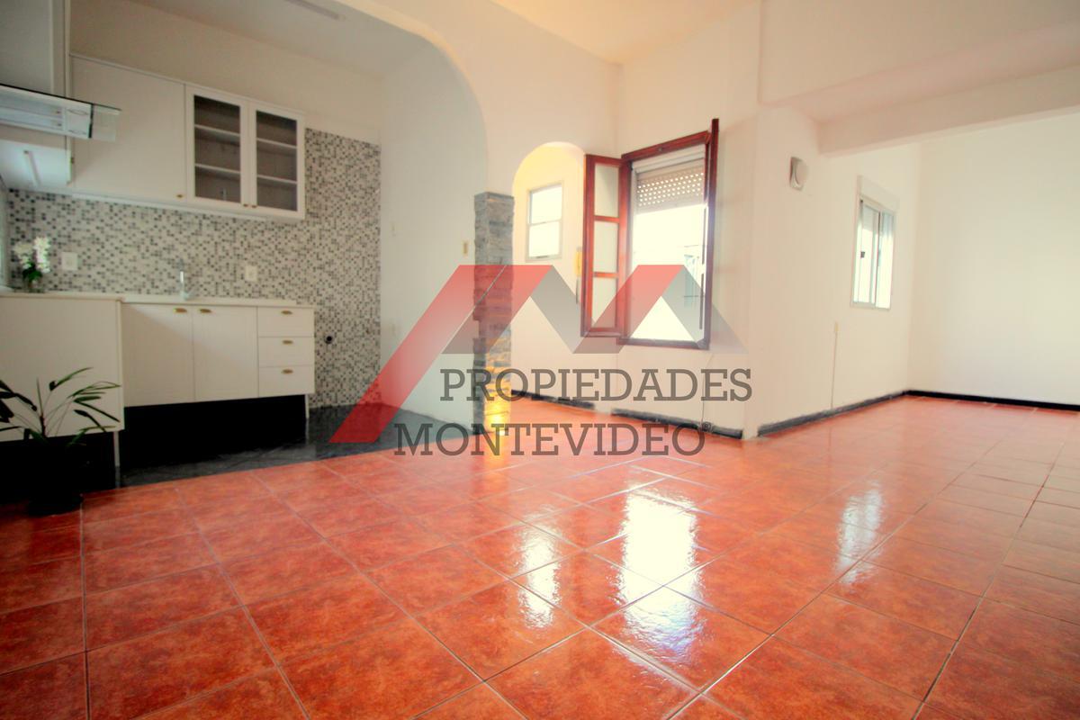 Foto Apartamento en Alquiler en  La Blanqueada ,  Montevideo  La Blanqueada, Agustín Abreu al 2300