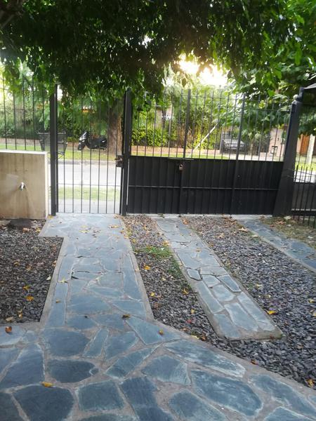 Foto PH en Venta en  Muñiz,  San Miguel  PASO al 900