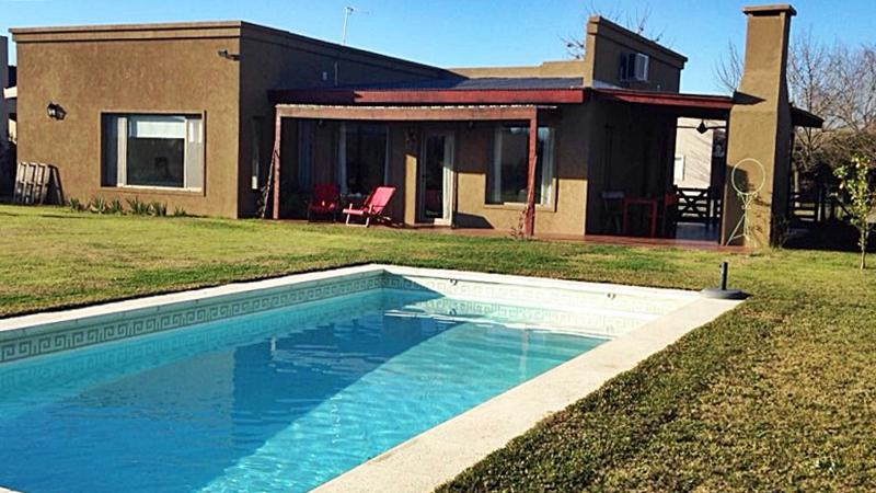 Foto Casa en Venta en  Marinas del Pilar,  Pilar  Marinas del Pilar, Las Truchas 105, UF 61