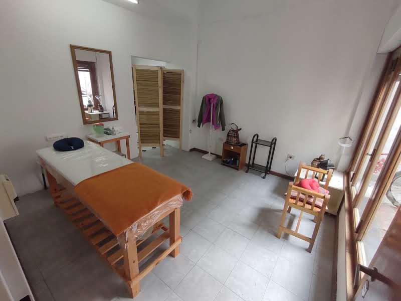 Foto Oficina en Alquiler en  Esc.-Centro,  Belen De Escobar  Mitre, a metros de Tapia de Cruz
