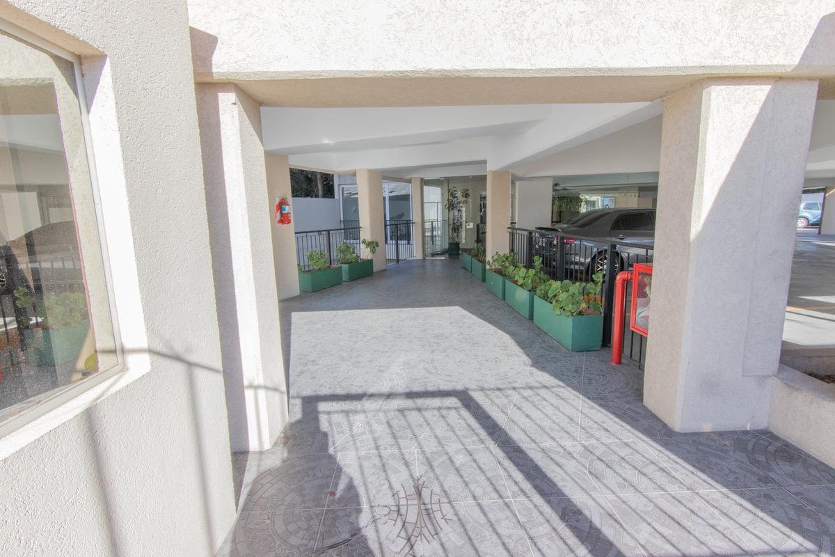 Foto Departamento en Venta en  Beccar-Vias/Rolon,  Beccar  Av. Centenario al 2400