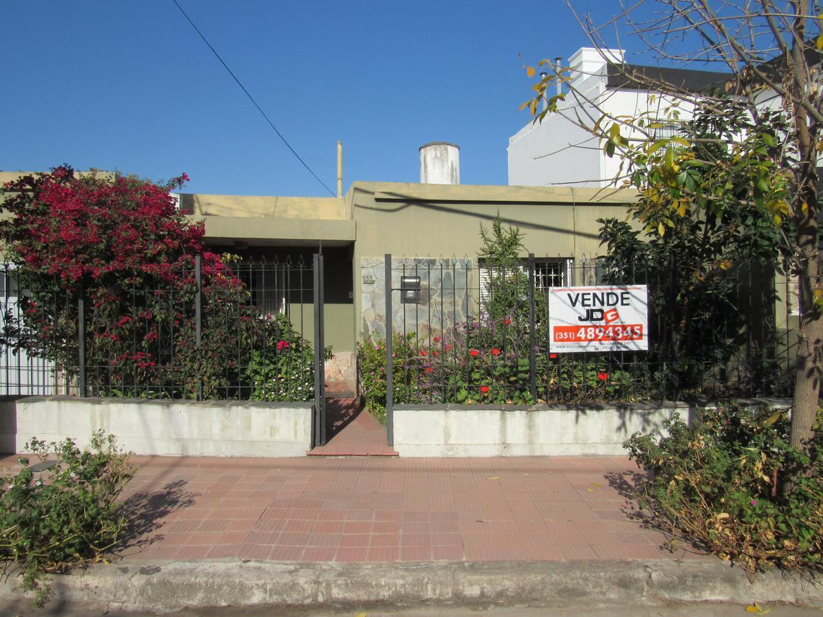 Foto Casa en Venta en  Villa Cabrera,  Cordoba  Baracaldo al 2300