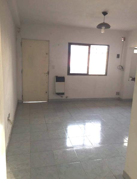 Foto Departamento en Alquiler en  Lubo,  Campana  Modarelli al 600