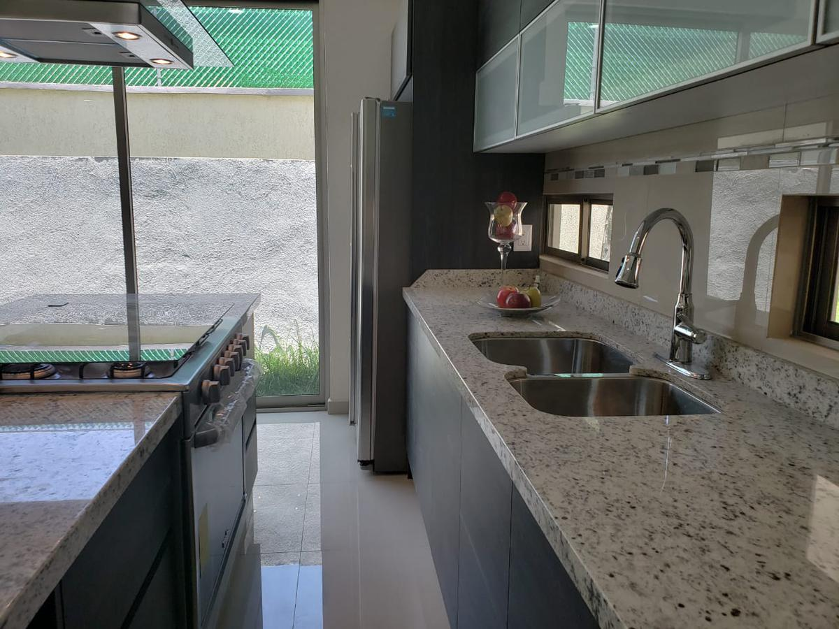 Foto Casa en Venta en  San Gaspar,  Ixtapan de la Sal  VENTA DE CASA EN IXTAPAN DE LA SAL, MEXICO, ESTRENE  HERMOSA RESIDENCIA EN RESIDENCIAL IXTAPAN