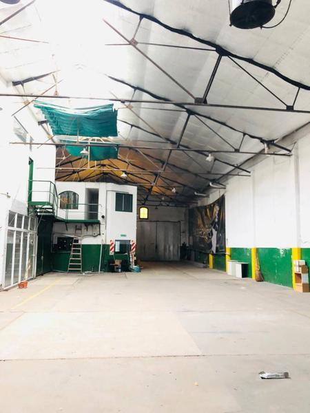 Foto Edificio Comercial en Alquiler en  Coghlan ,  Capital Federal  Zapiola al 3100