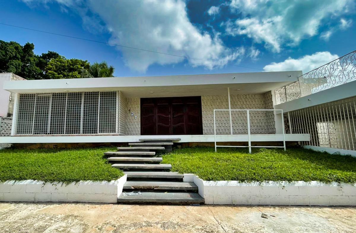 Foto Oficina en Renta en  Paseo de Montejo,  Mérida  Oficina en renta- amplios espacios- Única