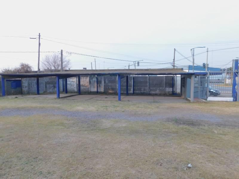 Foto Galpón en Venta en  Rosario ,  Santa Fe  Ovidio Lagos al 6800