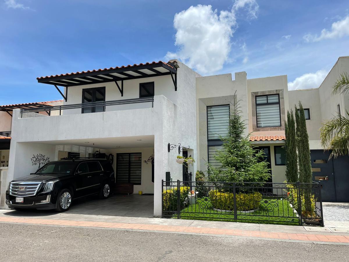 Foto Casa en condominio en Venta en  Bellavista,  Metepec  CASA VENTA EL CASTAÑO