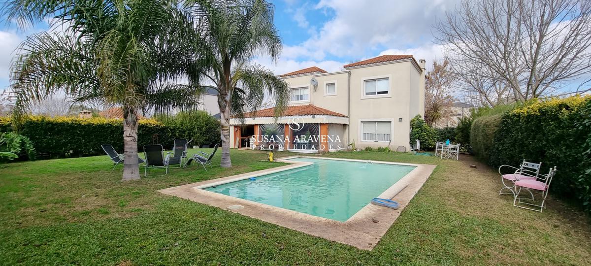 Foto Casa en Venta en  Los Jazmines,  Countries/B.Cerrado (Pilar)  Los Jazmines