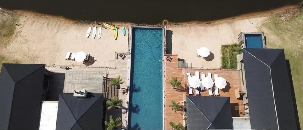 Foto Terreno en Venta en  Countries/B.Cerrado (Escobar),  Escobar   Lote con amarra y salida al Rio Lujan en El Naudir!