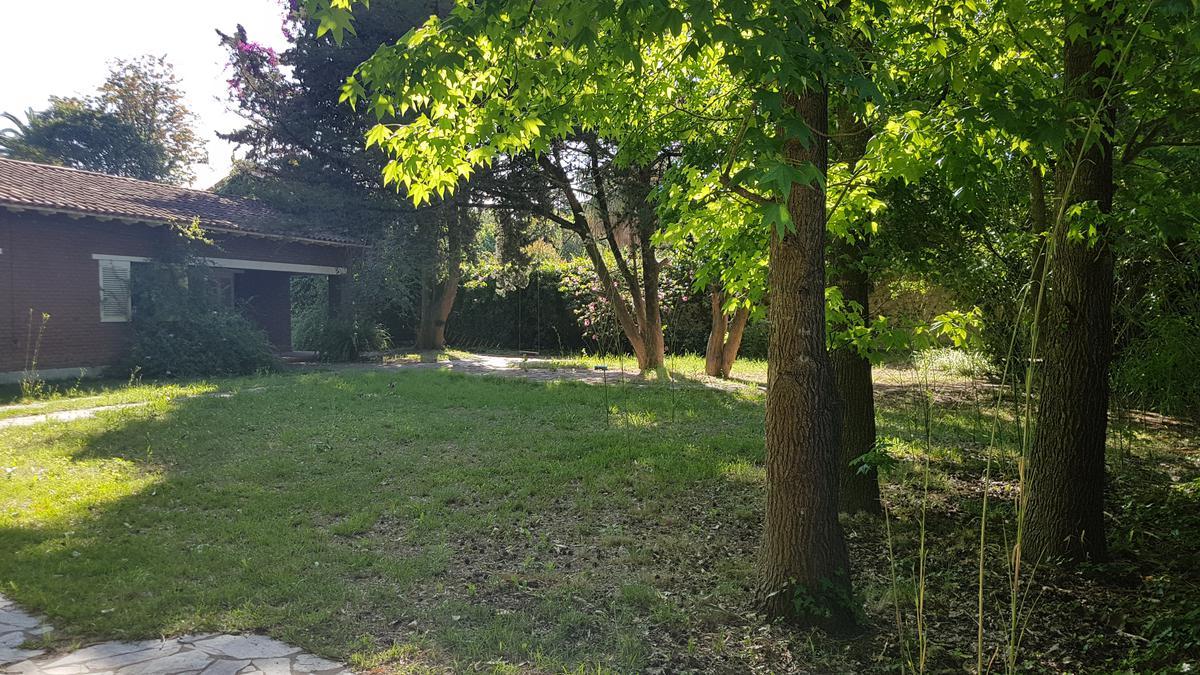 Foto Casa en Venta en  Villa Elisa,  La Plata  25 E/ 422 y 423
