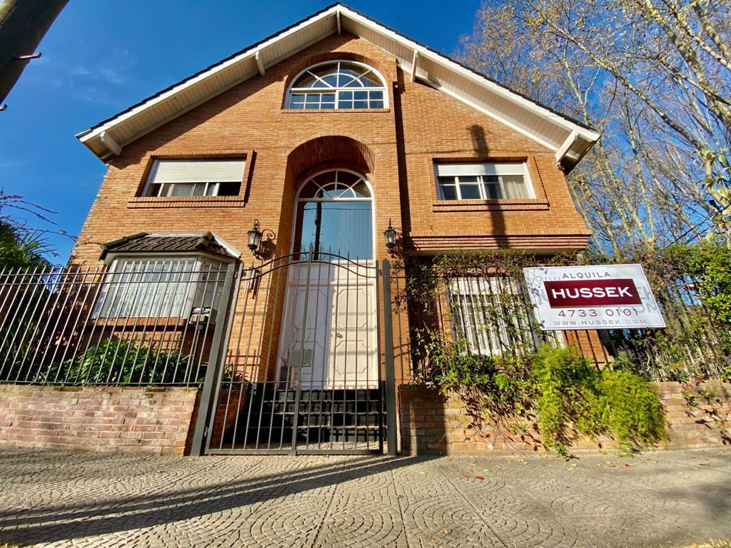 Foto Casa en Alquiler en  Martinez,  San Isidro  Ricardo Gutiérrez al 2300
