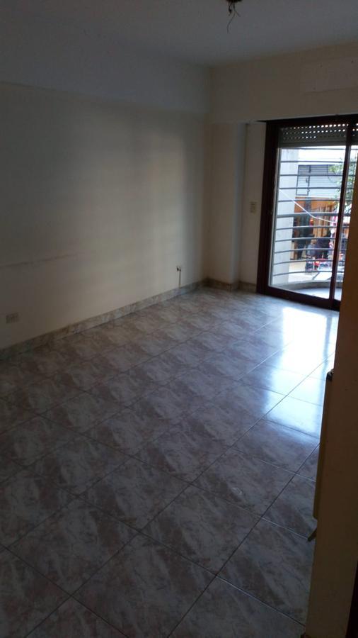 Foto Departamento en Alquiler en  Flores ,  Capital Federal  SAN NICOLAS 355, 7B