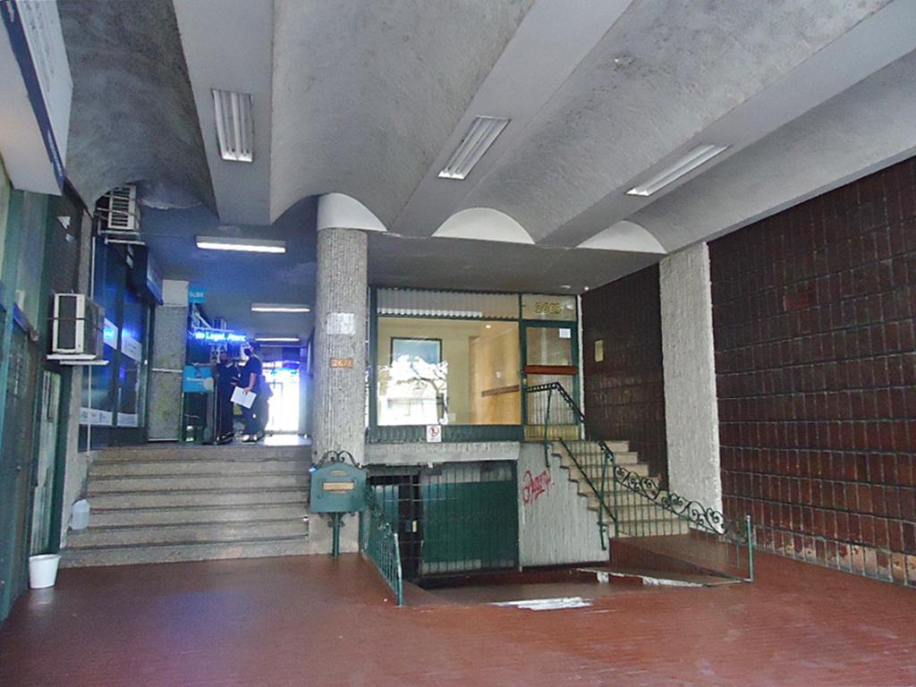 Foto Oficina en Venta en  Olivos-Vias/Maipu,  Olivos  Maipú, Av. al 2600