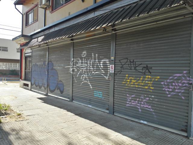 Foto Local en Alquiler en  Villa Gral.Mitre ,  Capital Federal  Camarones al 2500
