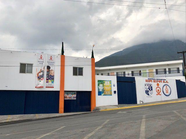 Foto Edificio Comercial en Venta en  Monterrey ,  Nuevo León  Edificio comercial en venta Cumbres