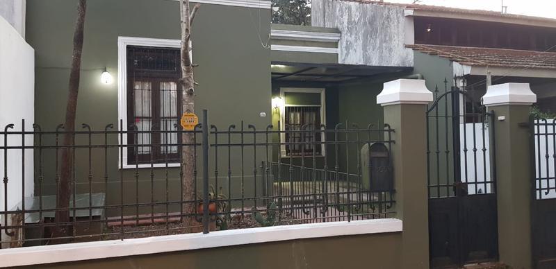 Foto Casa en Alquiler en  Adrogue,  Almirante Brown  OBLIGADO nº 1366, entre Ramírez y Murature