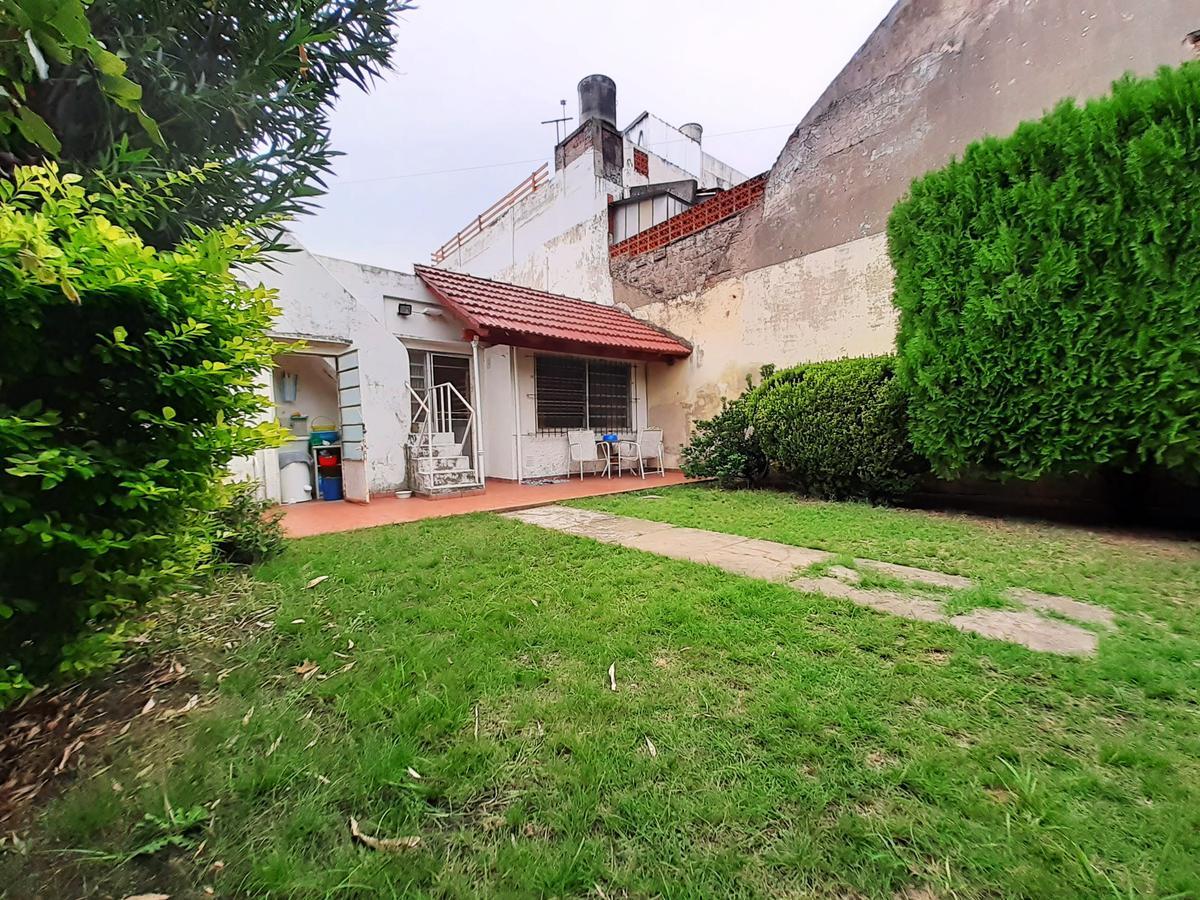 Foto Casa en Venta en  Las Heras,  Rosario  Pje. Ivanowsky al 700