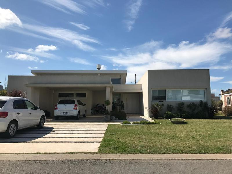 Foto Casa en Alquiler en  San Eliseo Golf & Country,  Countries/B.Cerrado  Venta y alquiler - Casa en country San Eliseo