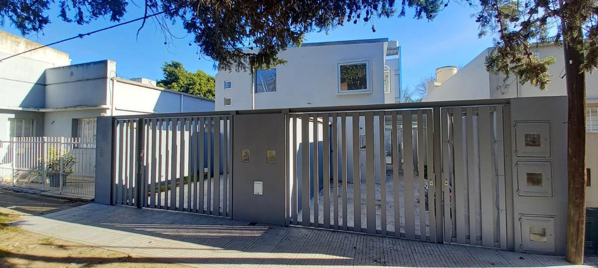 Foto Casa en Venta en  La Plata,  La Plata  53  e/ 30 y 31 - La Plata
