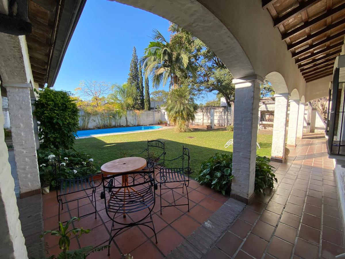 Foto Casa en Venta en  Yerba Buena,  Yerba Buena  Frias Silva al 1100