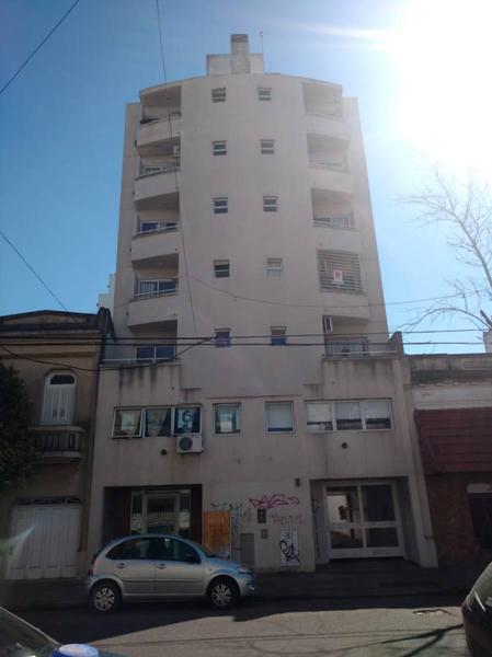 Foto Departamento en Venta en  La Plata,  La Plata  58 e/10y11 (5ºA)