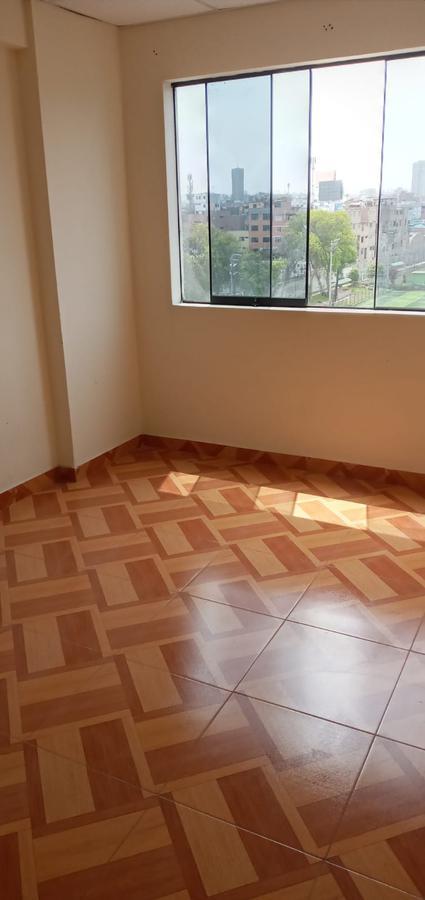 Foto Departamento en Alquiler en  Surquillo,  Lima  Calle Augusto Pérez Aranibar (Rizo Patron)