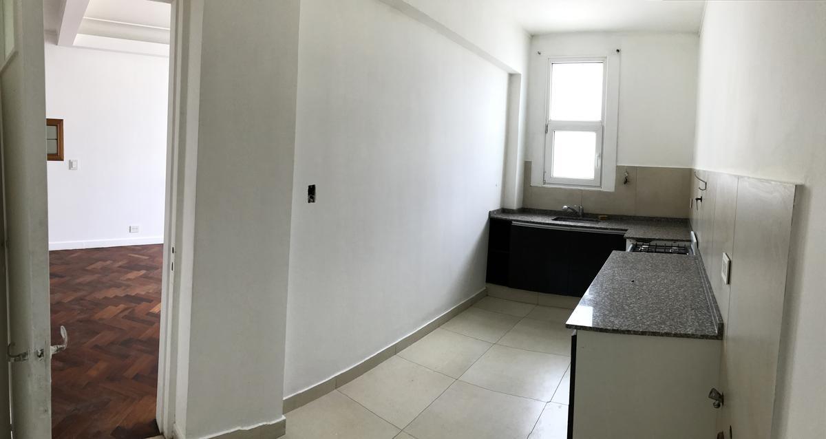 Foto Departamento en Venta en  Centro,  Comodoro Rivadavia  9 de Julio al 800