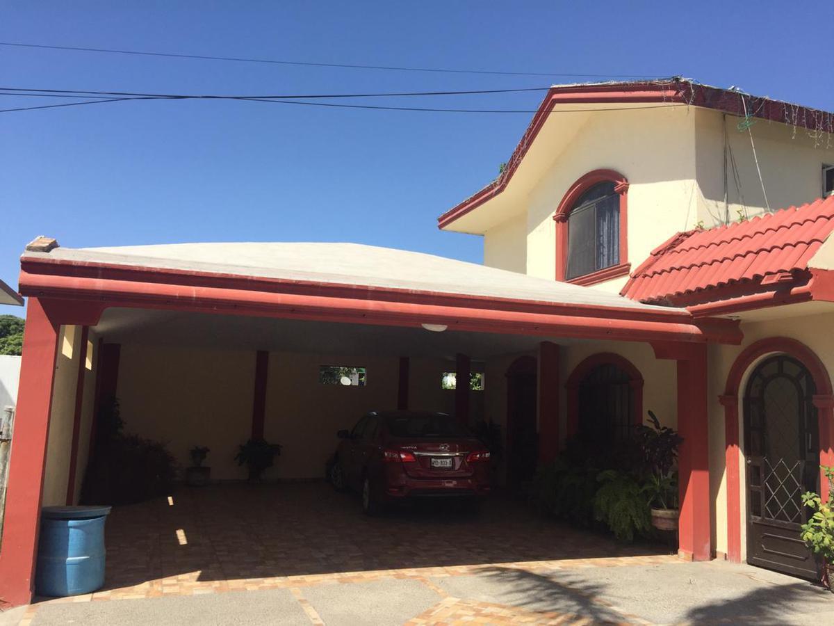 Foto Casa en Venta en  Unidad Nacional,  Ciudad Madero   Col.Unidad Nacional