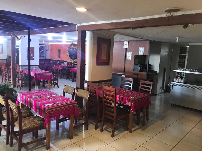 Foto Local en Alquiler en  Centro Norte,  Quito  La Mariscal, amplio Local Comercial, ideal para restaurante