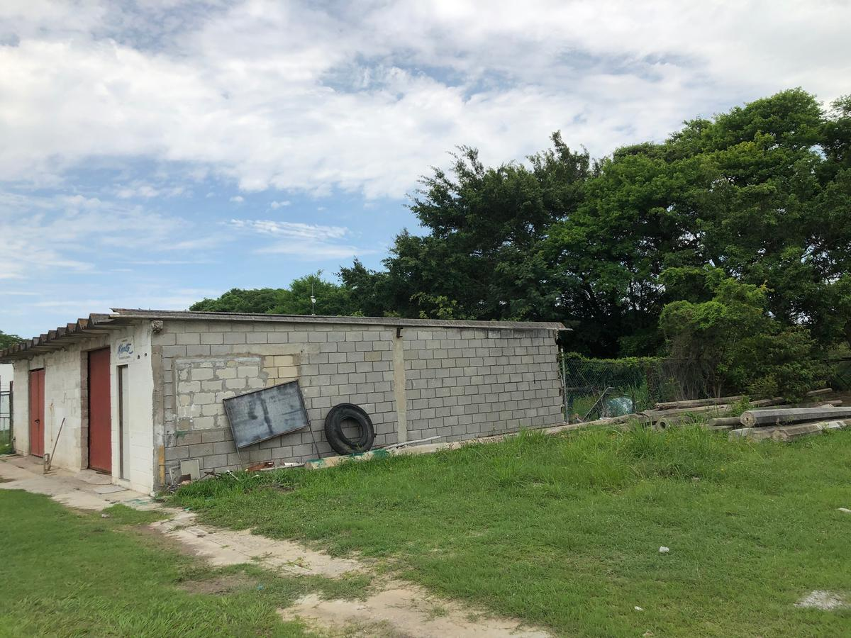 Foto Terreno en Venta en  Fraccionamiento Lagunas de Miralta,  Altamira  GRAN TERRENO EN PRIMERA ETAPA FRACC. LAGUNAS DE MIRALTA