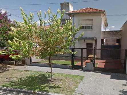 Foto Casa en Venta en  Castelar Norte,  Castelar  Lincoln al 800