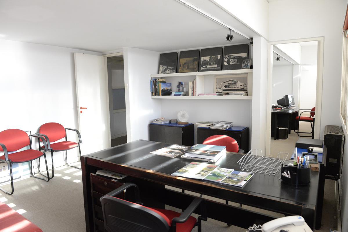 Foto Oficina en Venta en  La Plata,  La Plata  118 y 62 Oficinas - Depósito