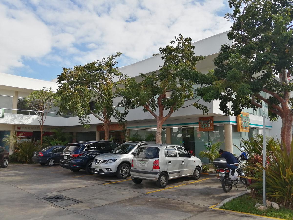 Foto Local en Renta en  México,  Mérida  Local En Avenida  Planta Alta Colonia México