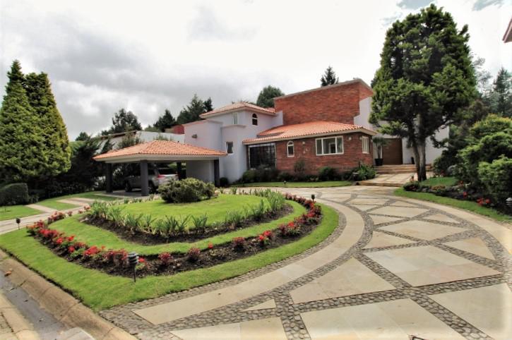 Foto Casa en Venta en  Club de Golf los Encinos,  Lerma                          Club de Golf los Encinos,  Lerma, Mex.,residencia en venta