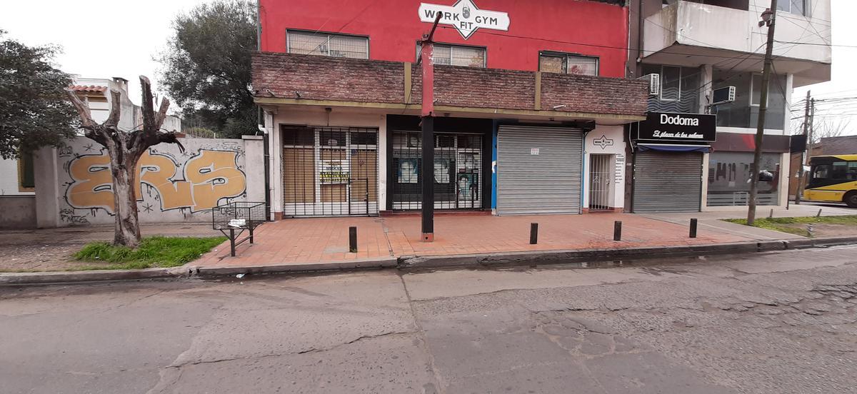 Foto Local en Alquiler en  Centro (Moreno),  Moreno  Local en Alquiler centro de Moreno
