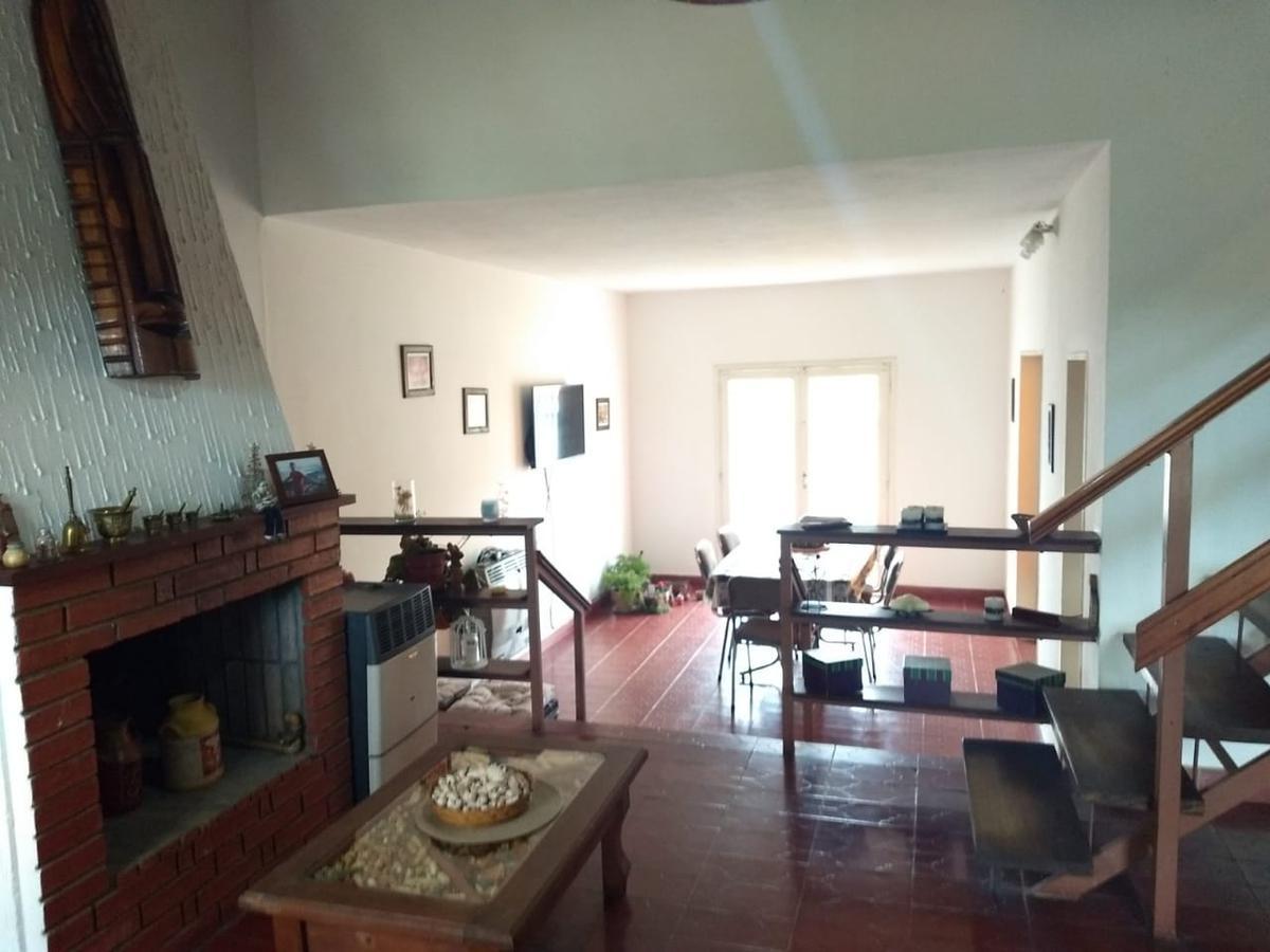 Foto Casa en Venta en  Villa Carlos Paz,  Punilla  Silva al 100