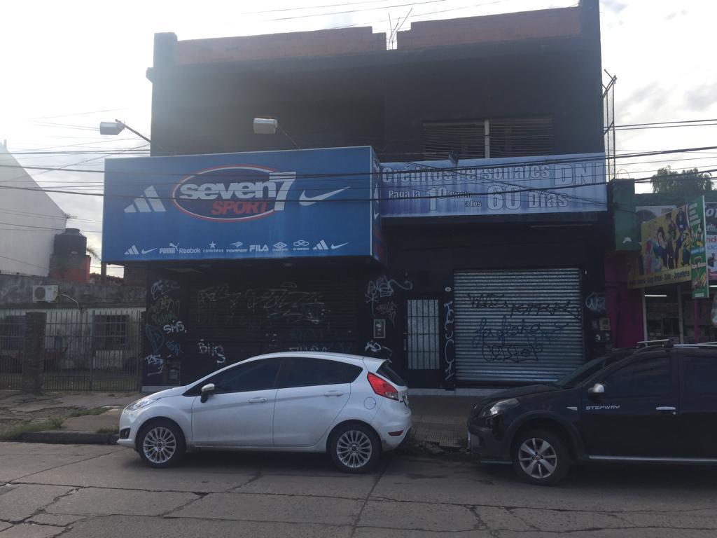 Foto Local en Alquiler en  Llavallol,  Lomas De Zamora  Segui 361/63
