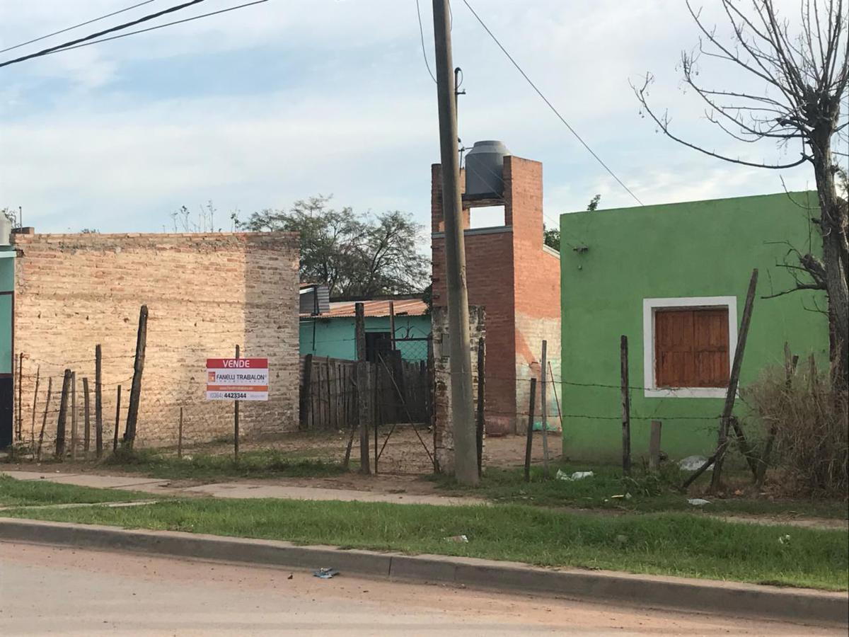 Foto Casa en Venta en  Comandante Fernandez ,  Chaco  43 e 14 y 16 B° Santa Monica