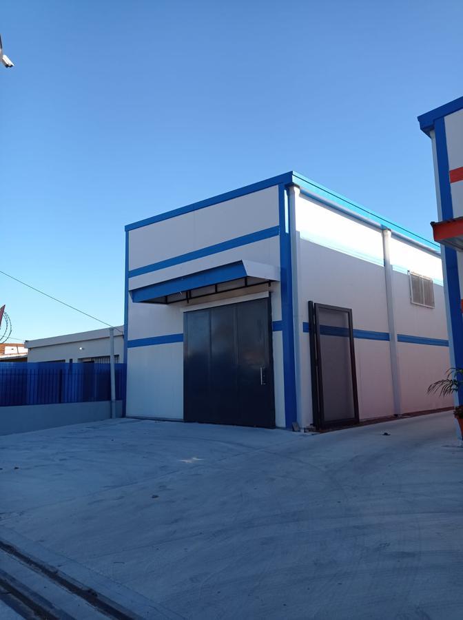 Foto Depósito en Alquiler en  Carrasco Norte ,  Montevideo  Carrasco Norte prox Camino Carrasco