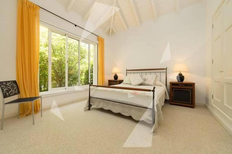 Foto Casa en Venta en  Golf,  Punta del Este  Av San Pablo 11