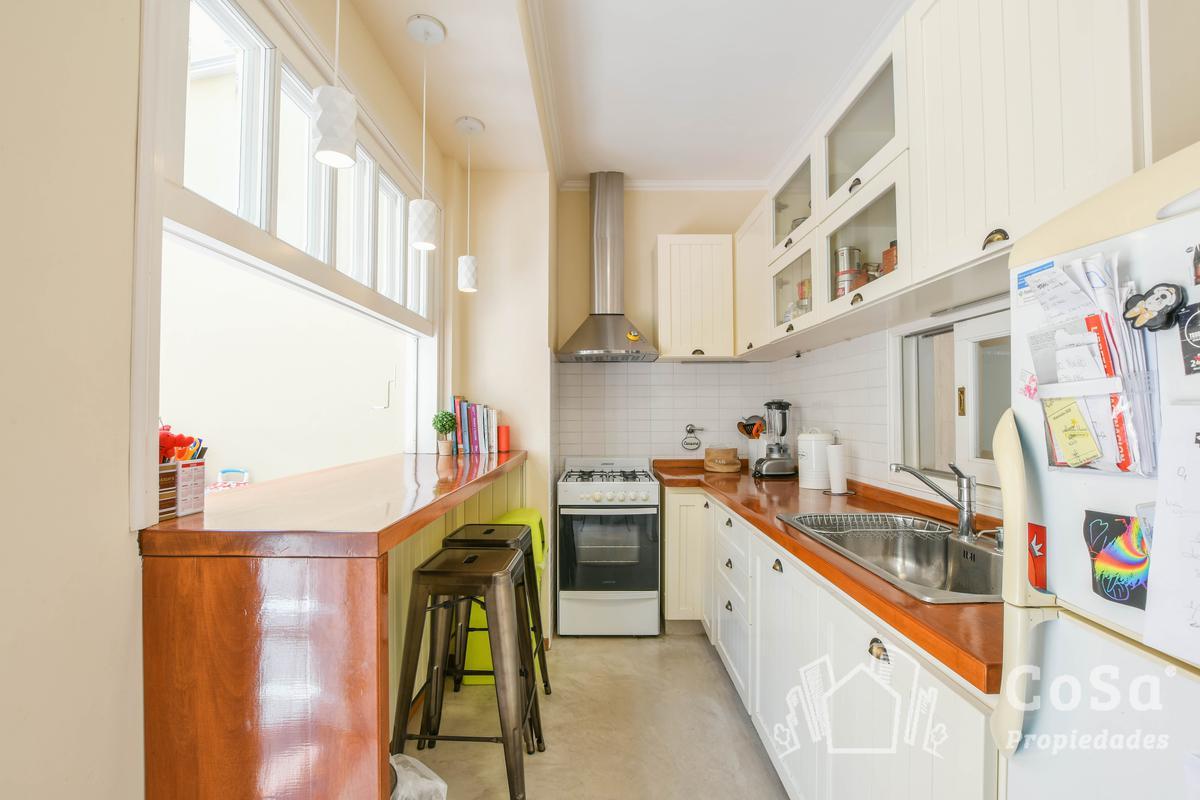 Foto Casa en Venta en  Centro,  Rosario  Urquiza 2246